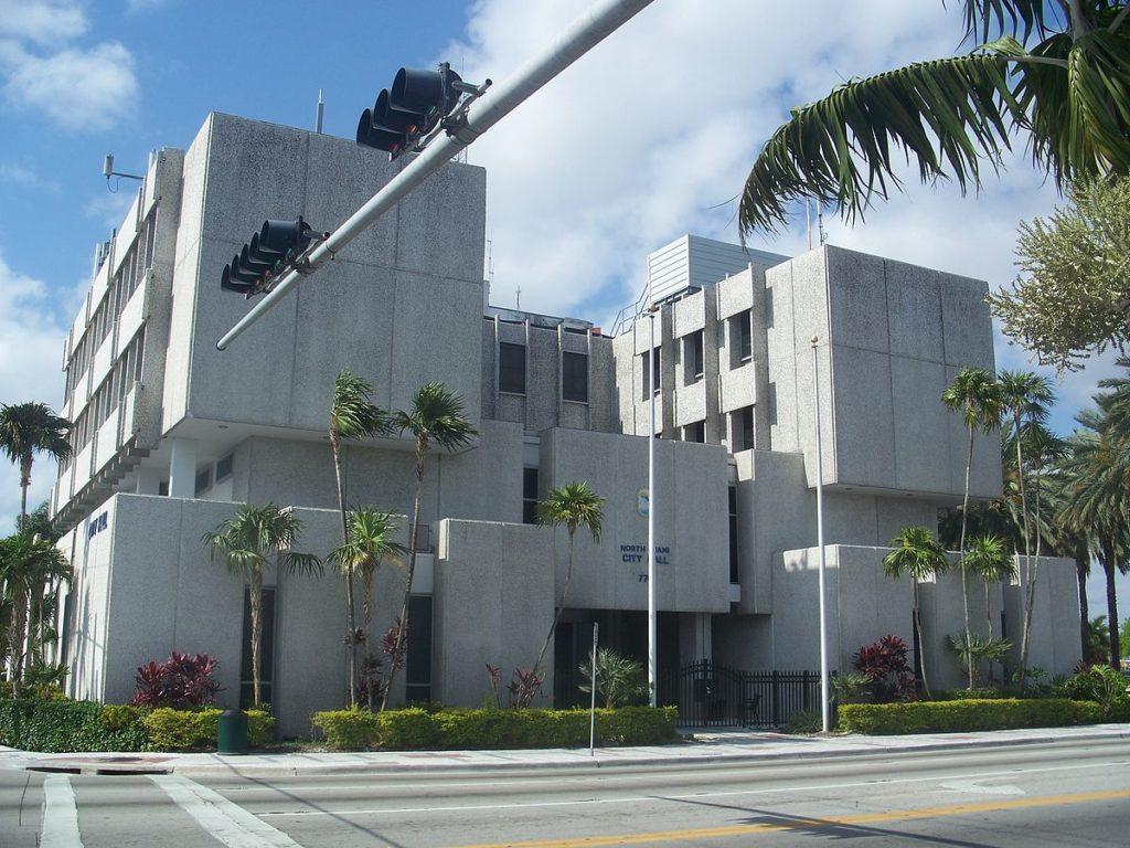 Норт-Майами, Флорида бедность