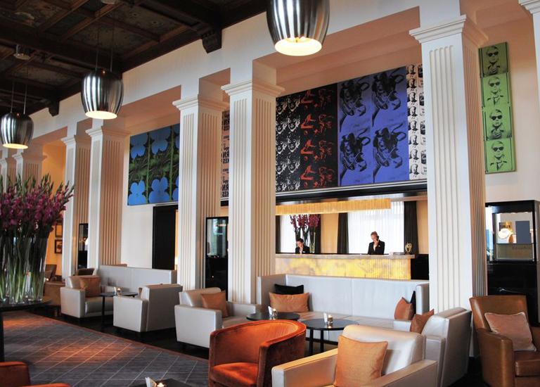 11 отелей с самыми удивительными коллекциями произведений искусства