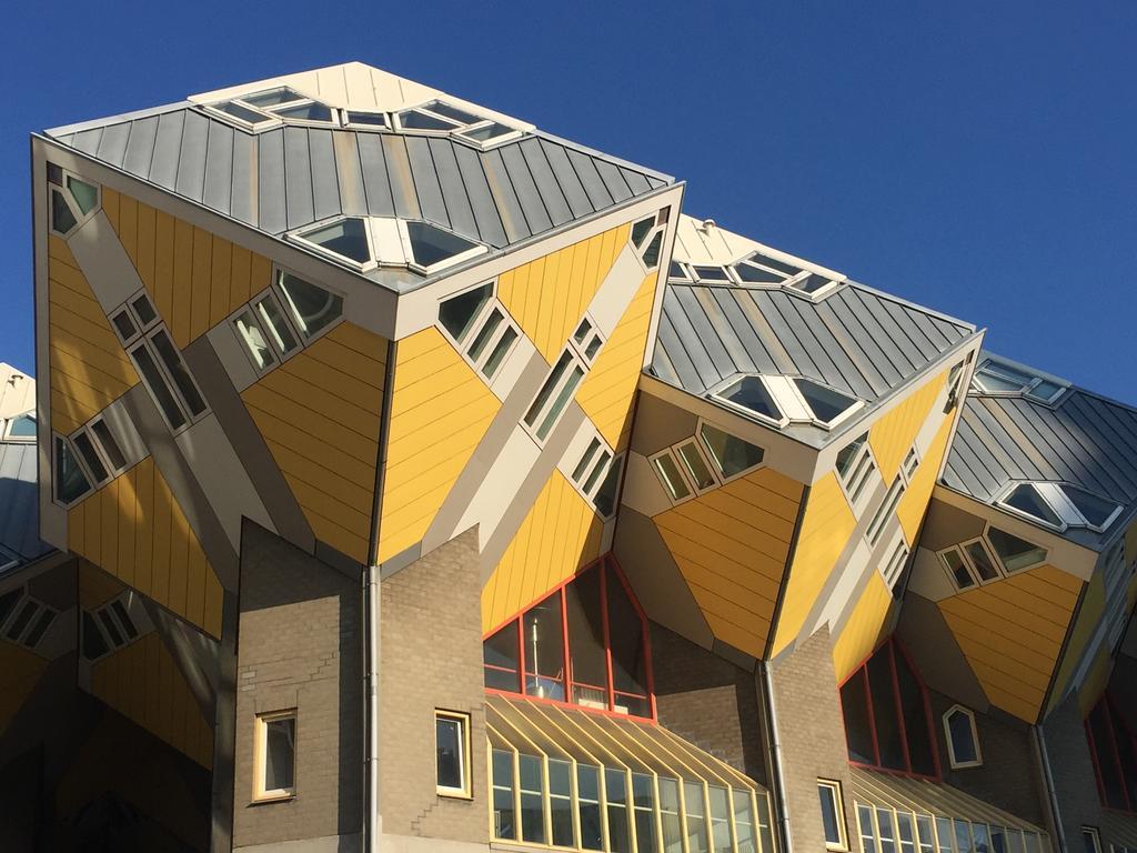 Отель Кубический дом - Роттердам, Нидерланды