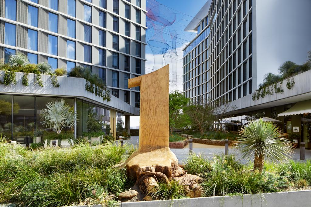 Отель 1 Hotel West Hollywood