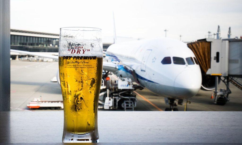 Самолет алкоголь