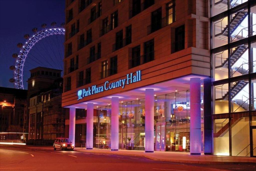 Отель Park Plaza County Hall Лондон