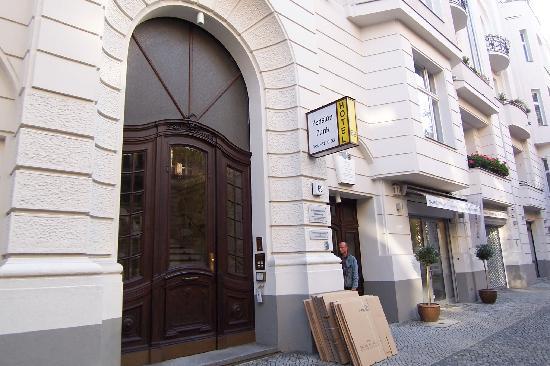 Отель Hotel-Pension Funk Берлин