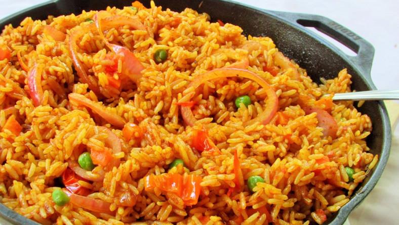 Нигерийский рис джолоф подается в основном во время особых мероприятий
