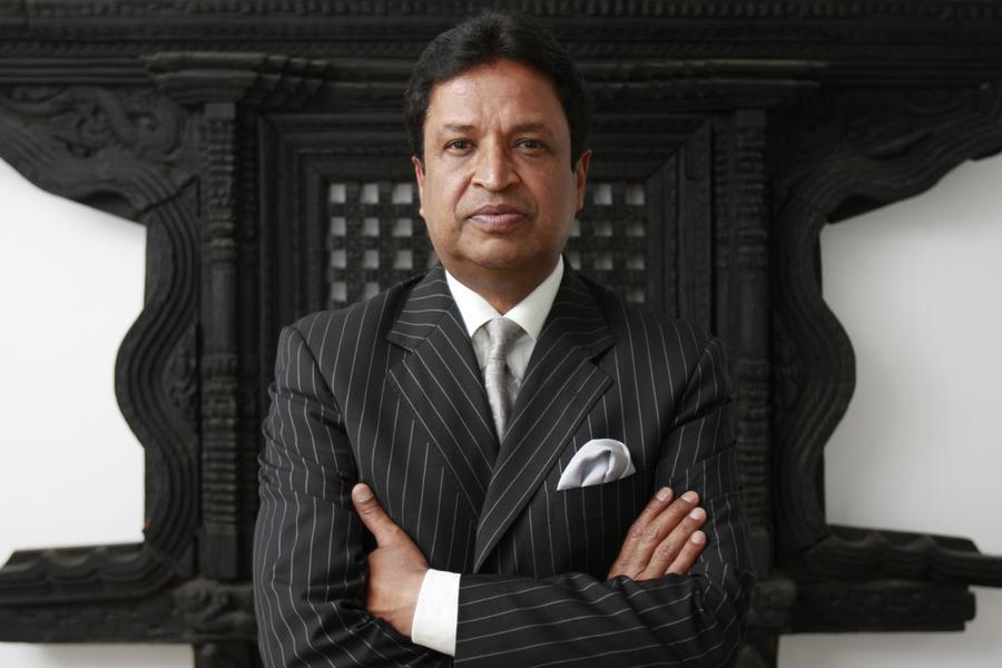 Бинод Чаудхари миллиардер