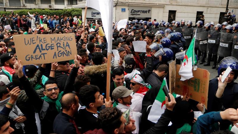 Акции протестов Алжир