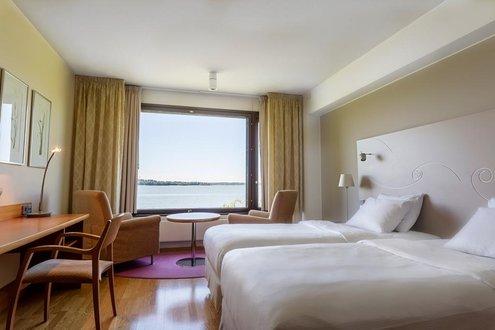 Отель Hilton Helsinki Kalastajatorppa Хельсинки