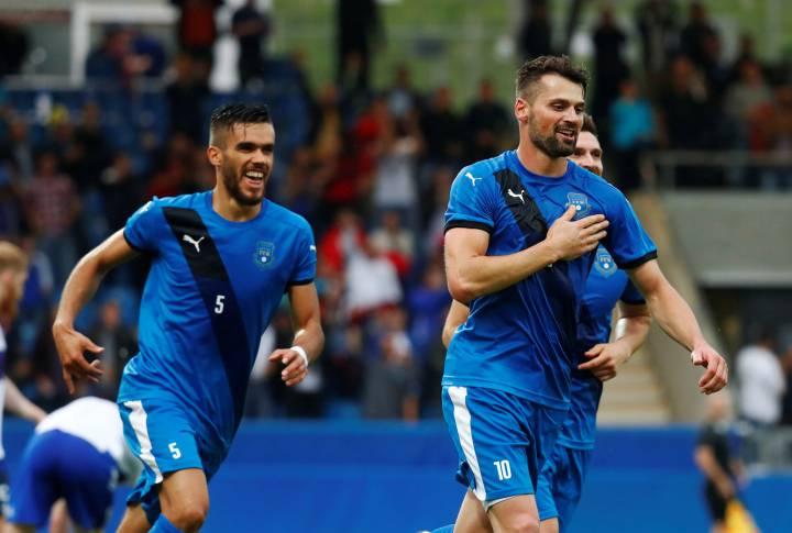 Косово футбольная команда