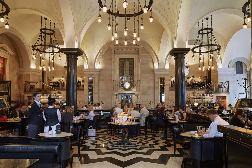 Ресторан The Wolseley Лондон