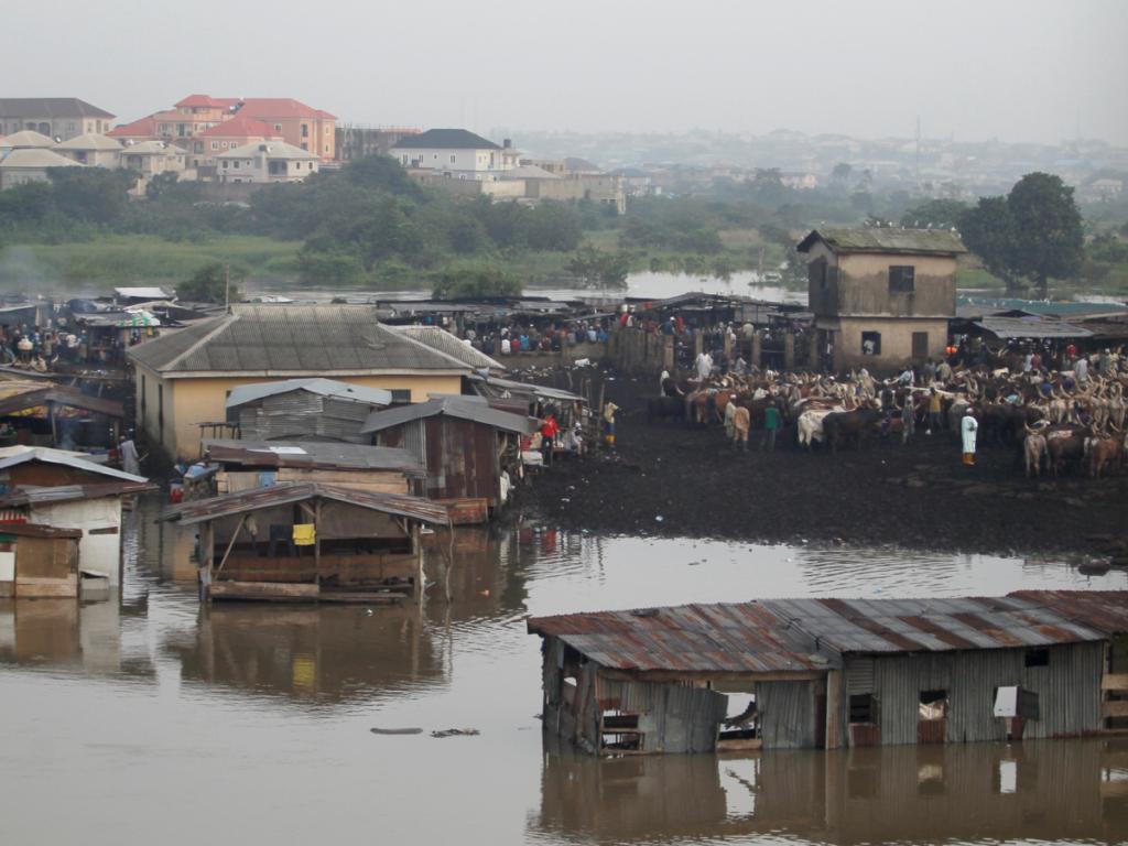 Лагос тонет