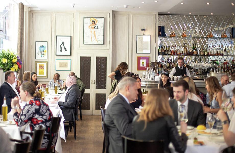 Ресторан La Petite Maison Лондон