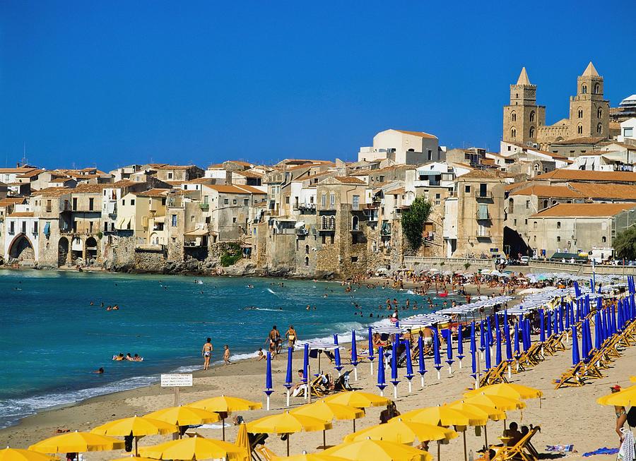 Пляж Чефалу, Сицилия, Италия