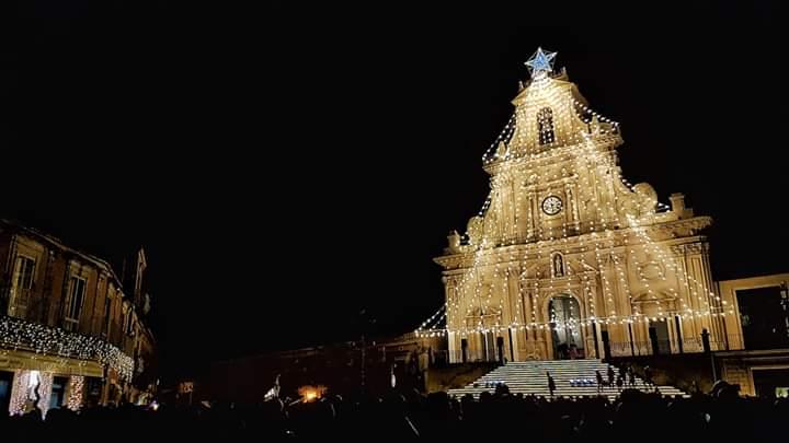 Палаццоло-Акреиде, Сицилия Рождество