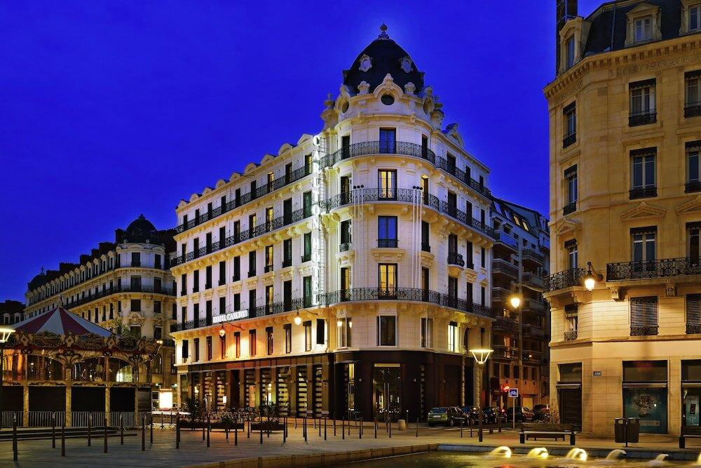 Отель Carlton Lyon