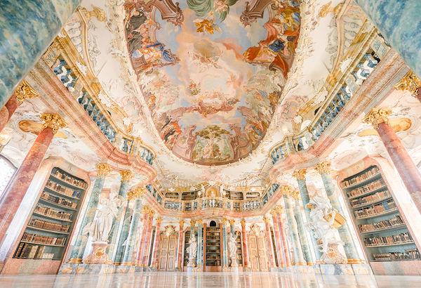 Виблинген является одним из самых детализированных пространств в мире, выполненных в стиле trompe l'oeil