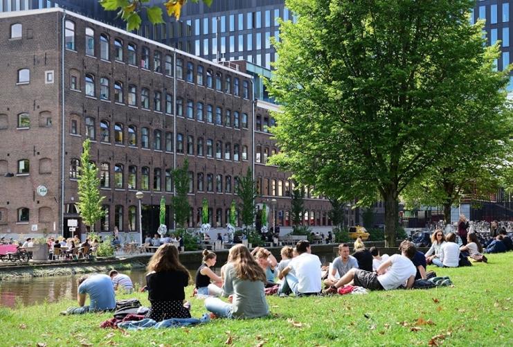 Амстердам студенты