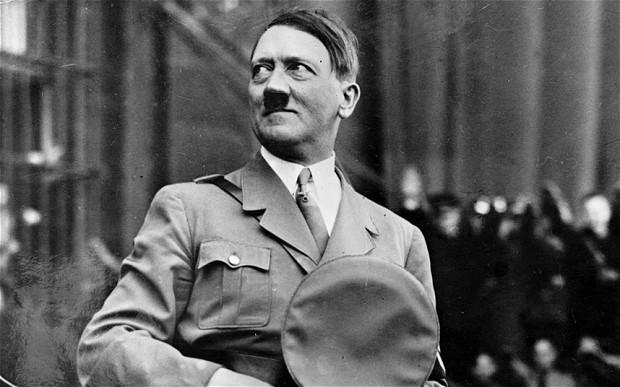 у Гитлера было два яичка