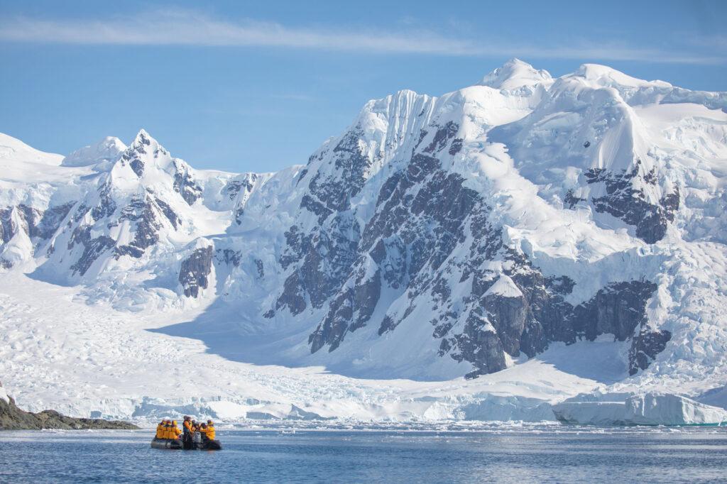 Антартика