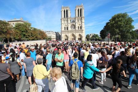 Автомобильные пробки - далеко не единственная проблема, с которой сталкивается Париж