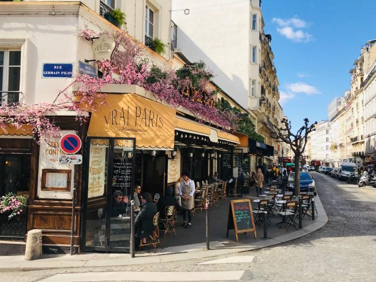 Улица Rue des Abbesses