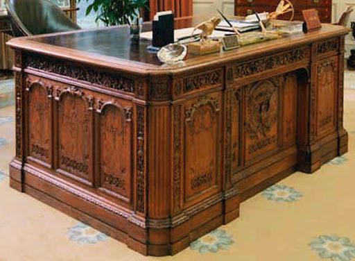 Что такое стол Резолют и откуда он взялся?