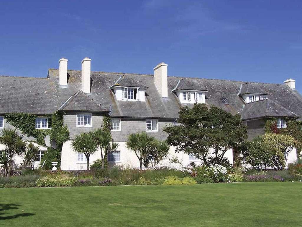 Отель Renvyle House
