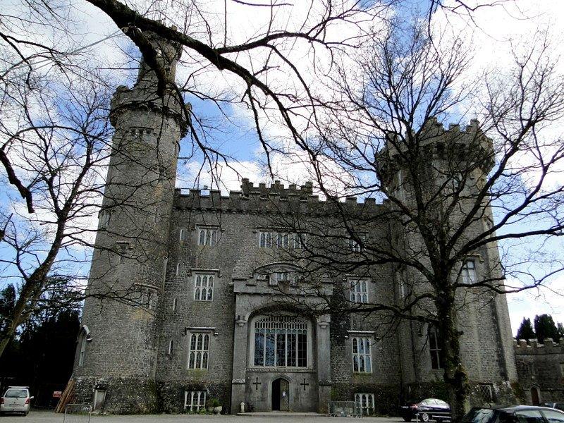 Замок Шарлевиль