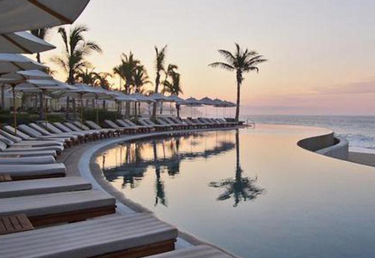 26 отелей с самыми красивыми бассейнами