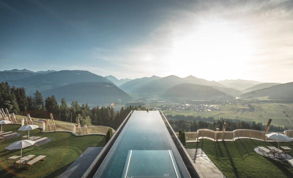 Alpin Panorama Hotel Hubertus в Сорафурсии, Италия