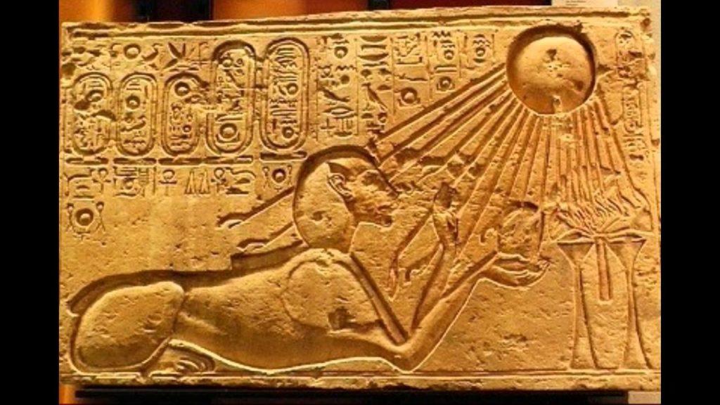 Тутанхамон отменил религиозные реформы своего отца