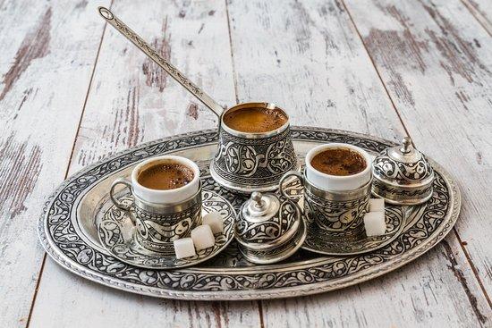 Турецкий кофе очень крепкий