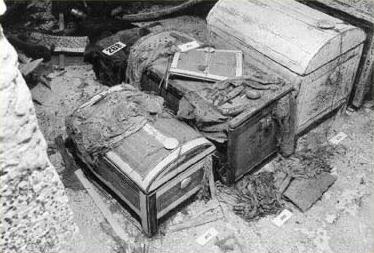 Гробница Тутанхамона была разграблена дважды