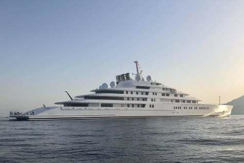 Королевская семья ОАЭ: Azzam($600 млн)