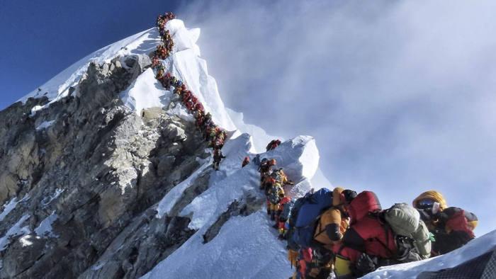 Эверест, Непал, Китай