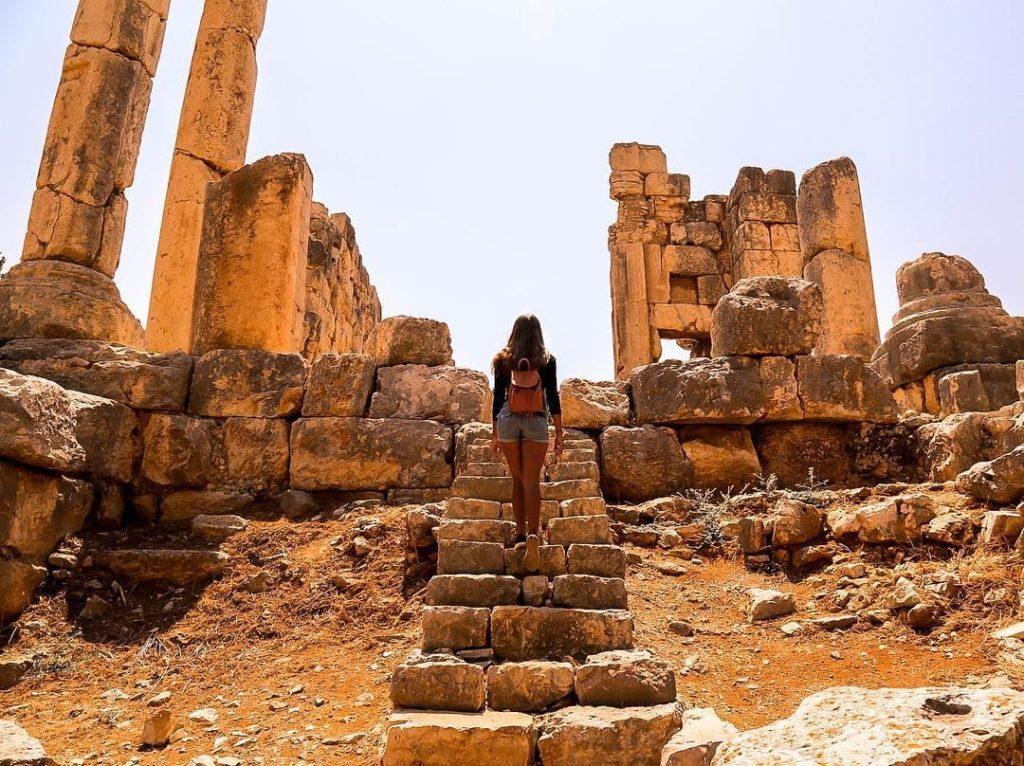 Храмы Каср Наус, Ливан