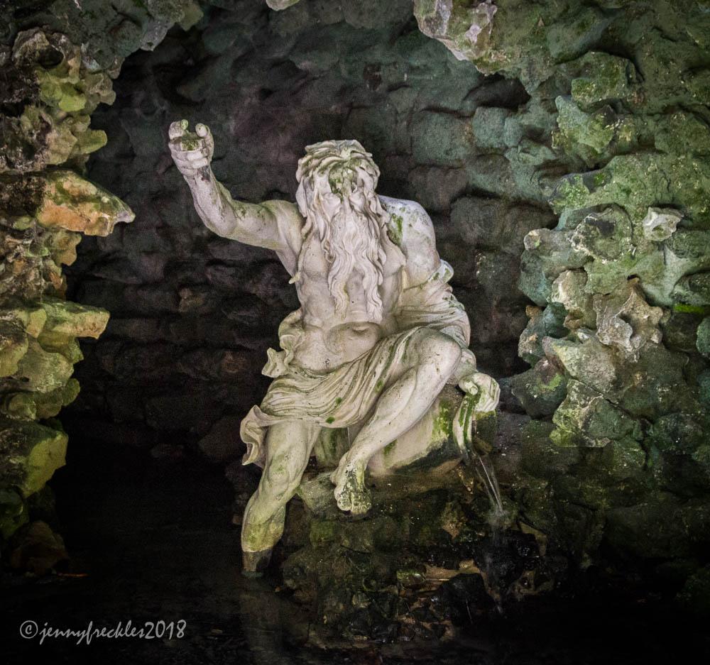 Речной Бог, Стоурхед