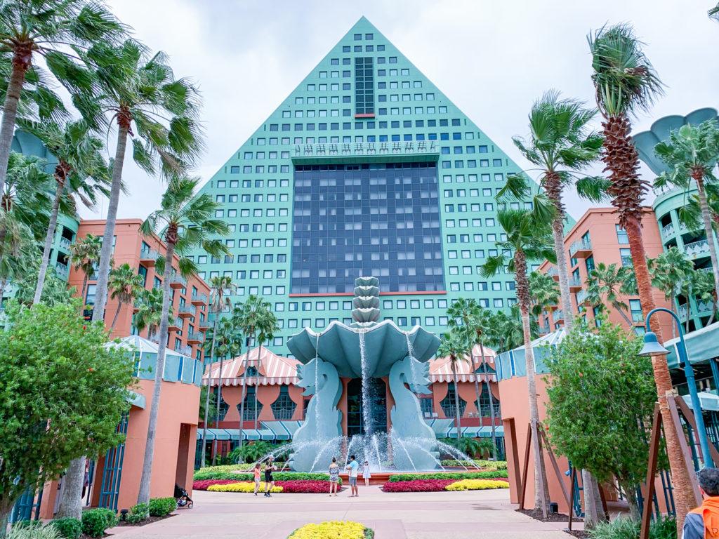 Отель курорта Walt Disney World Swan and Dolphin