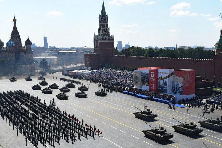 Почему окончание Второй мировой войны такой большой праздник в России?