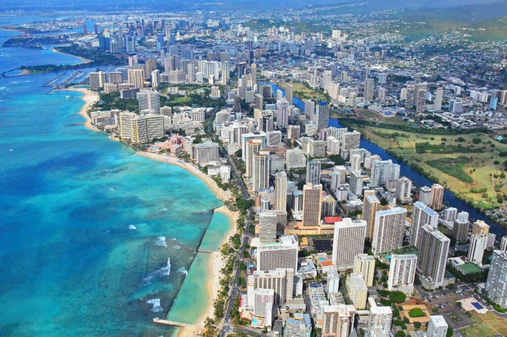 Гонолулу, штат Гавайи, впервые попал в первую двадцатку