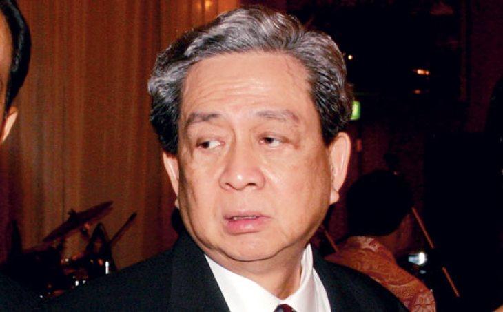 Индонезия: Роберт Буди Хартоно