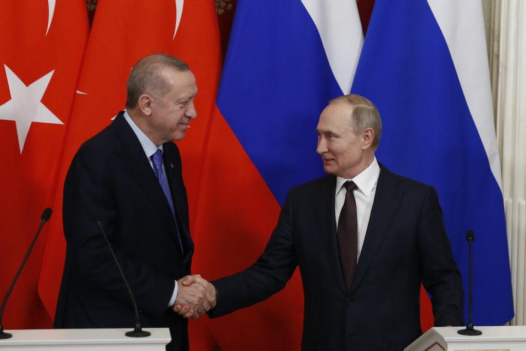 Лидирующая роль России в Сирии проявляется и за ее пределами