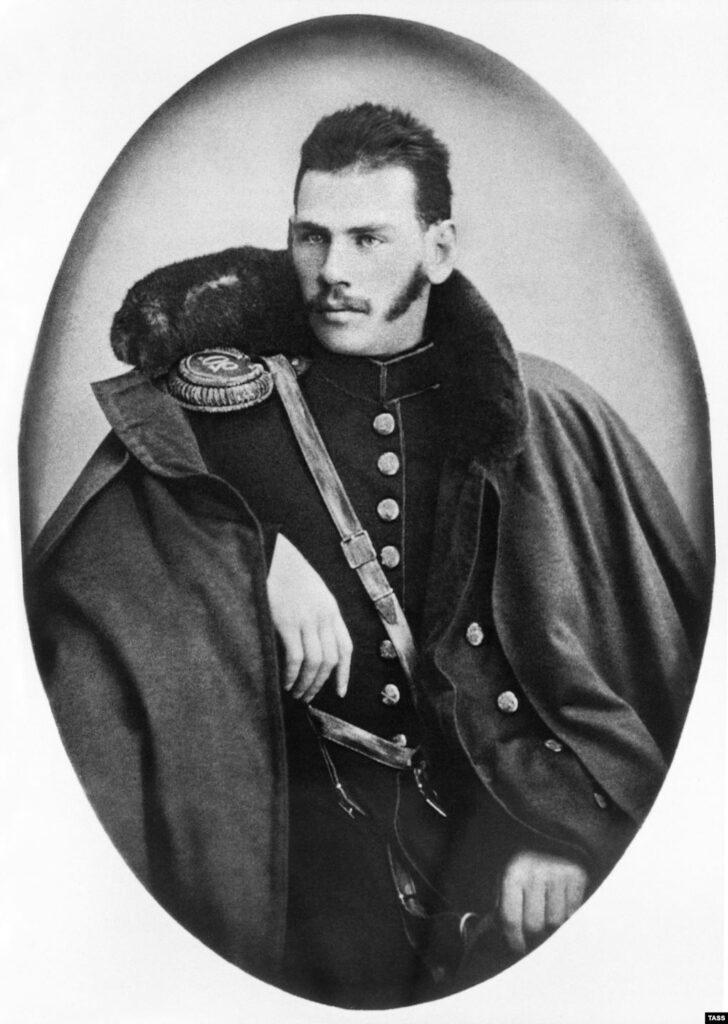 Толстой в военной форме в 1854 году
