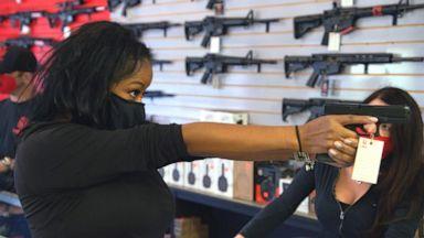 У 3 из 10 американцев есть оружие