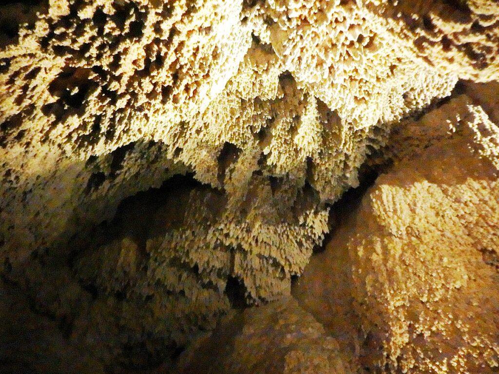 Пещеры близ Лиллафюреда
