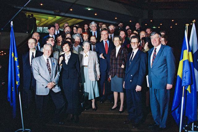 1 января 1995 года - Австрия, Финляндия и Швеция вступают в Европейский Союз