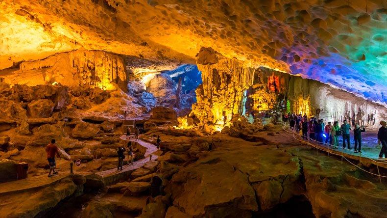 Пещера Сунг Сот
