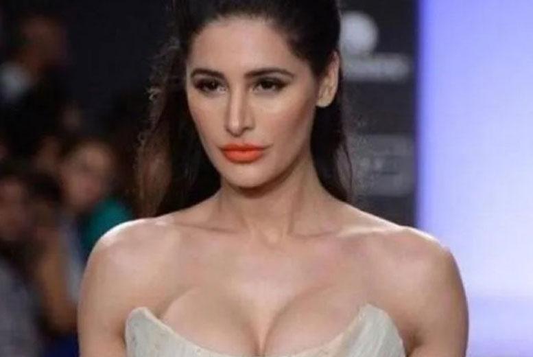 10 болливудских актрис и актеров, имеющих гражданство других стран