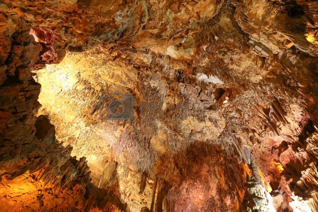 Пещера Алтынбесик