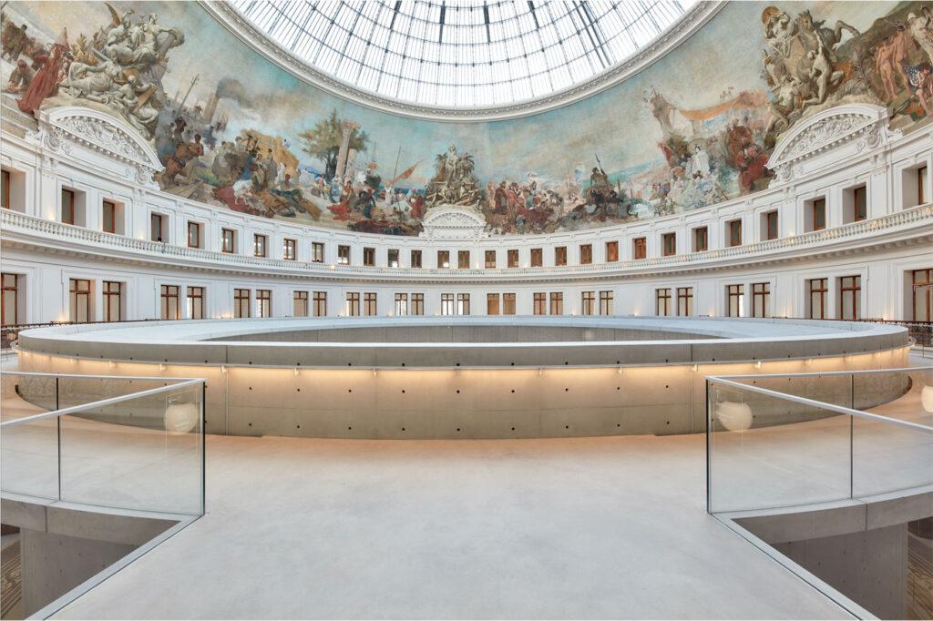 Музей коллекции Пино во Франции