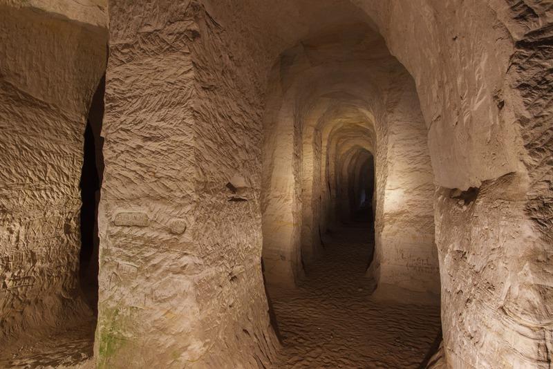Песчаниковые пещеры Пиуза
